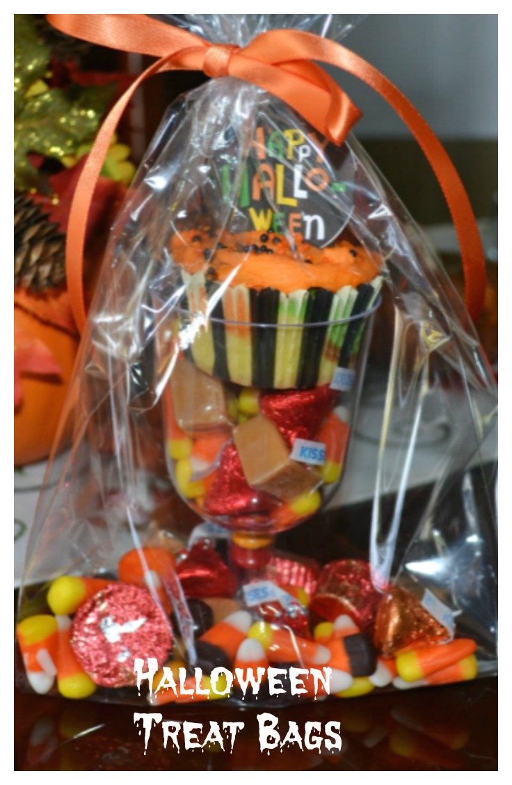 halloween treat bags, halloween, party favors,trick or treat