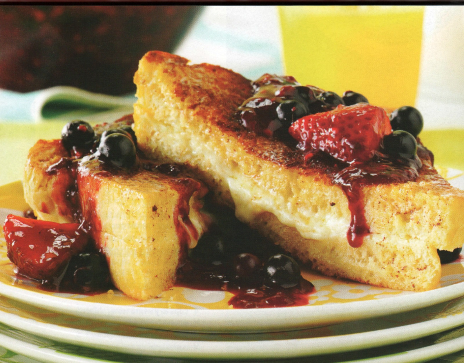 french toast, berry topping, breakfast,mascarpone cheese