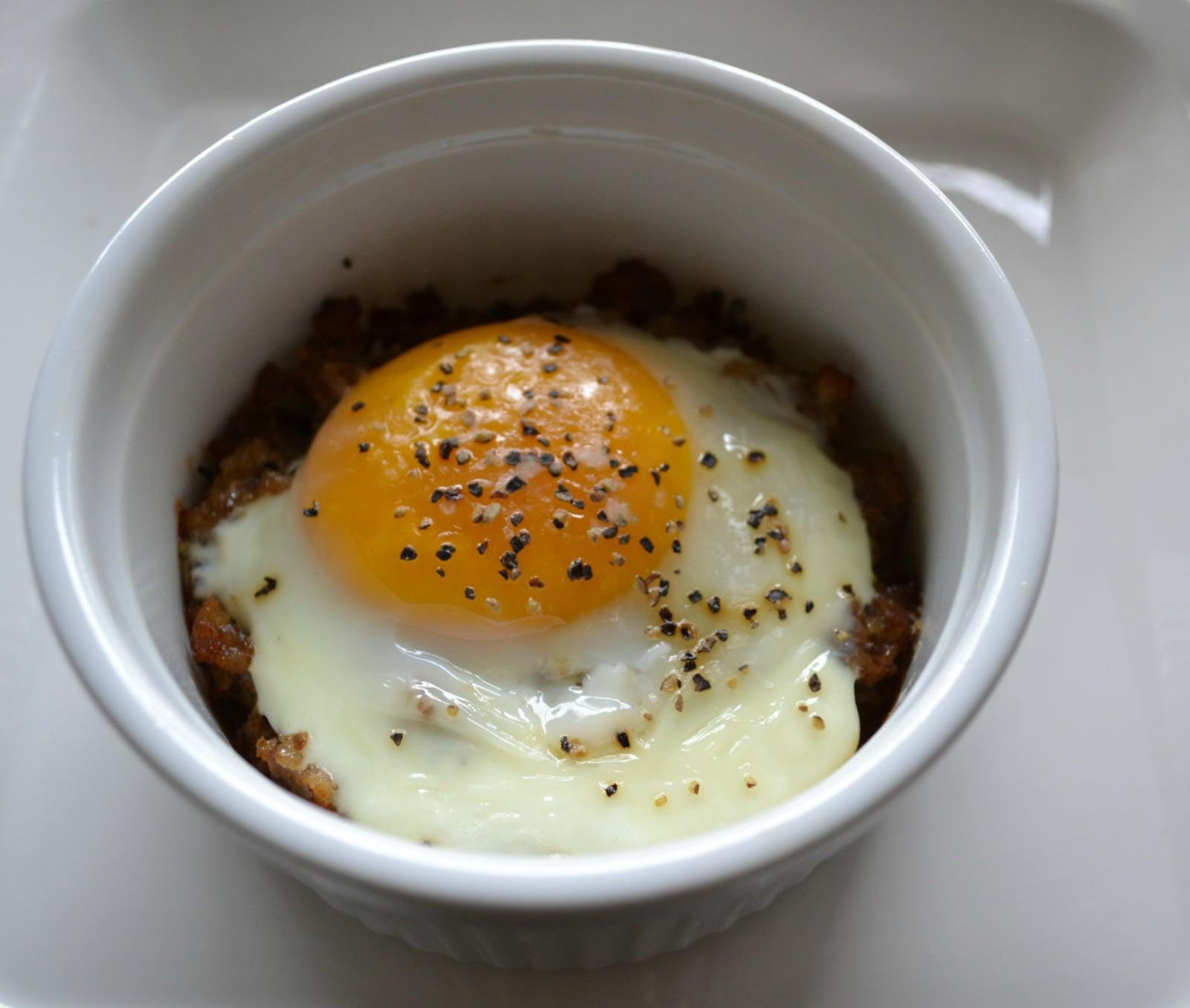 breakfast, baked egg, sausage