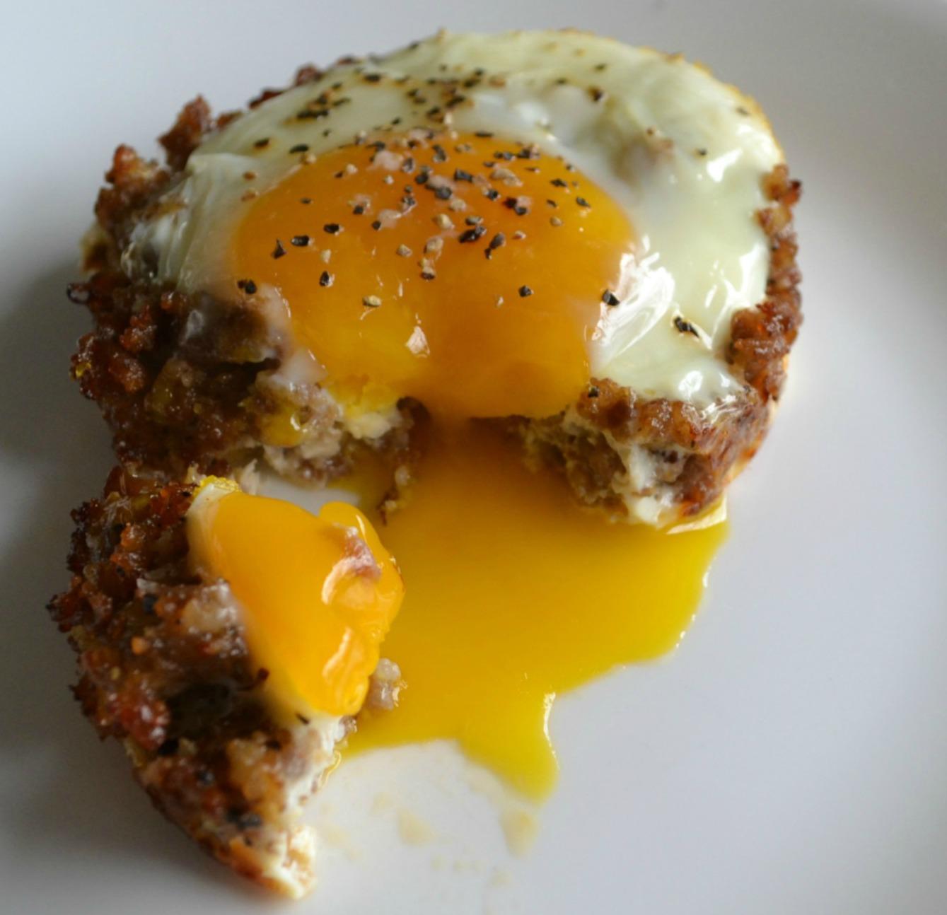 breakfast, baked egg, sausage