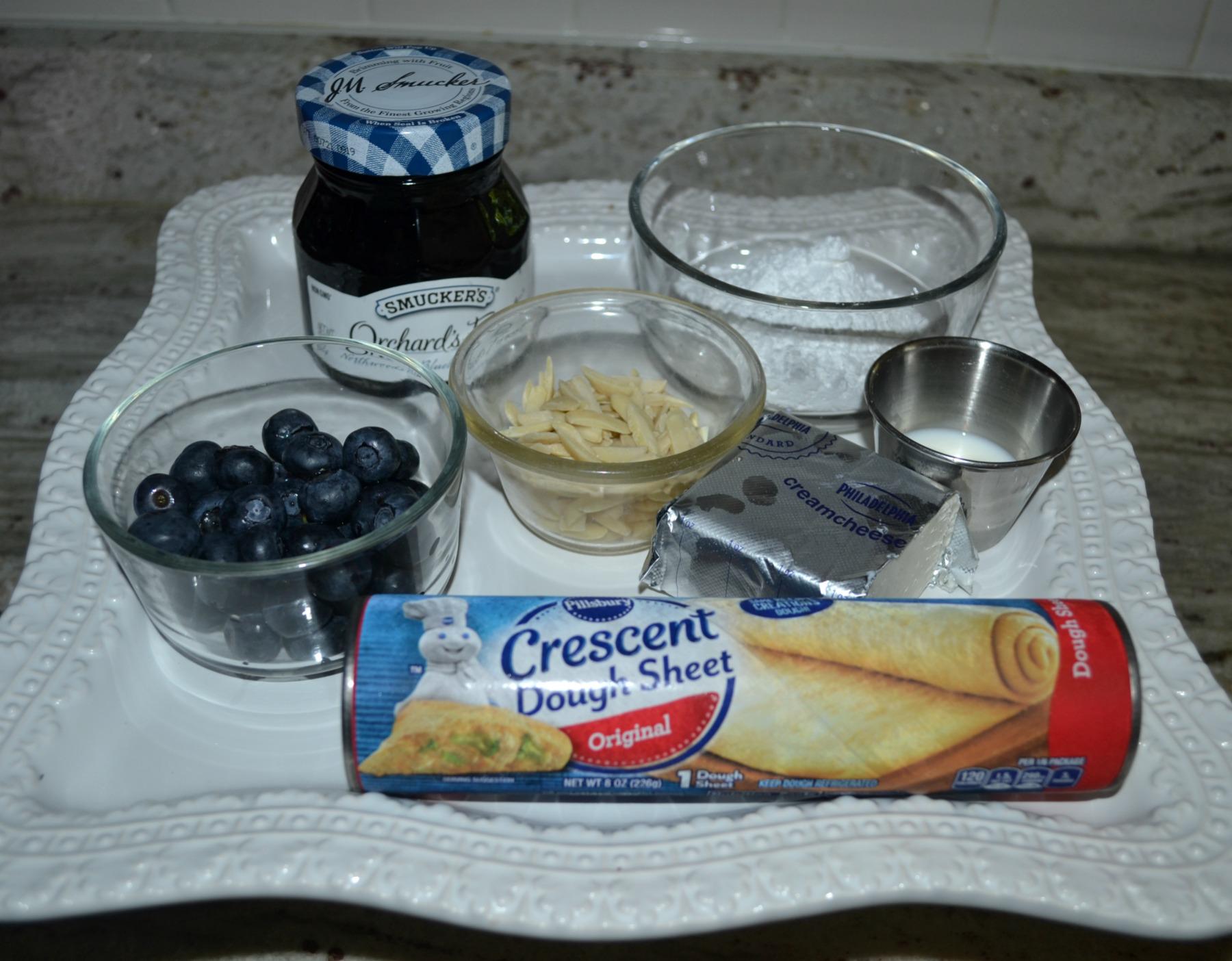 blueberry, almond, breakfast braid,