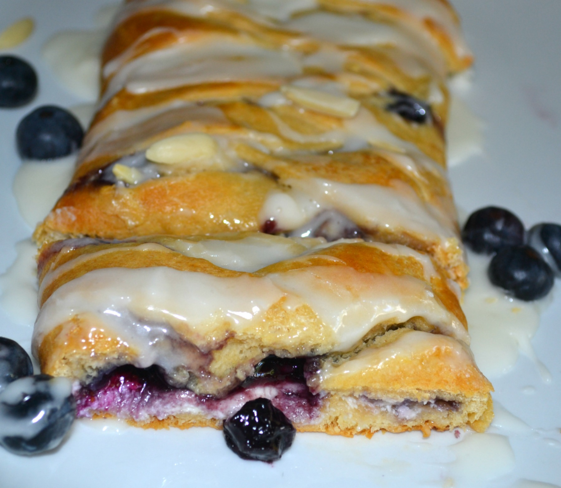 pillsbury, blueberries, breakfast braid
