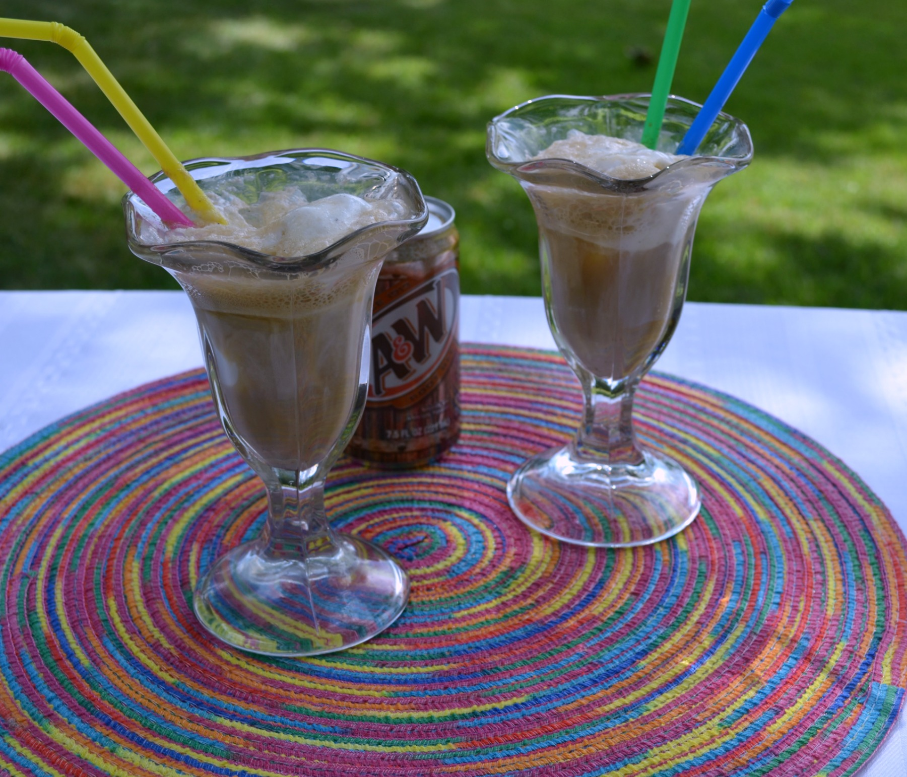 cook-out foods, root beer floats