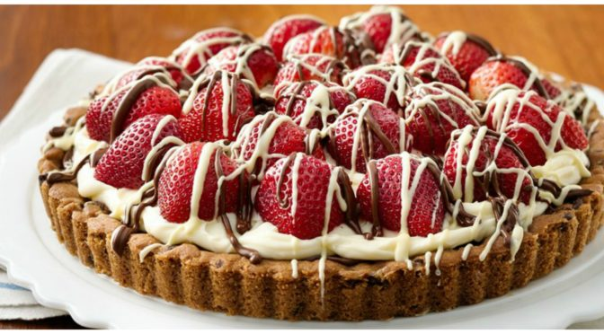 STRAWBERRY MASCARPONE HAZELNUT CHOCOLATE TART