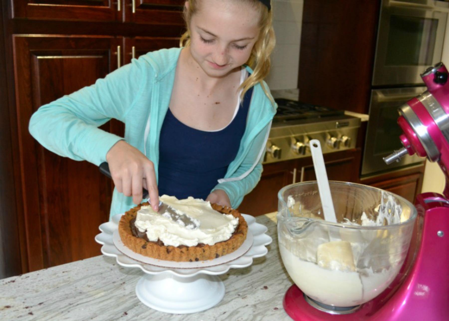 tart making, cookie dough, kids cooking, pillsbury, strawberry, mascarpone cheese
