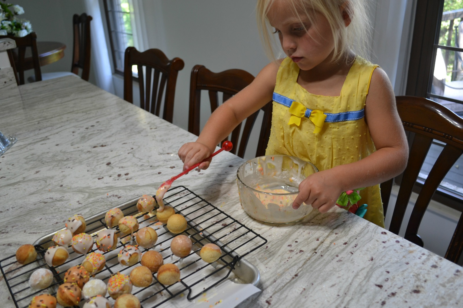 donut holes, kids cooking