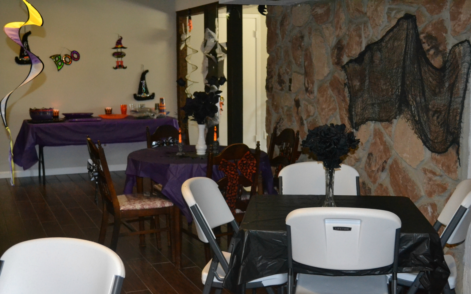 Halloween Party Tips,Tricks and Treats for a fun filled Halloween for kids of all ages.