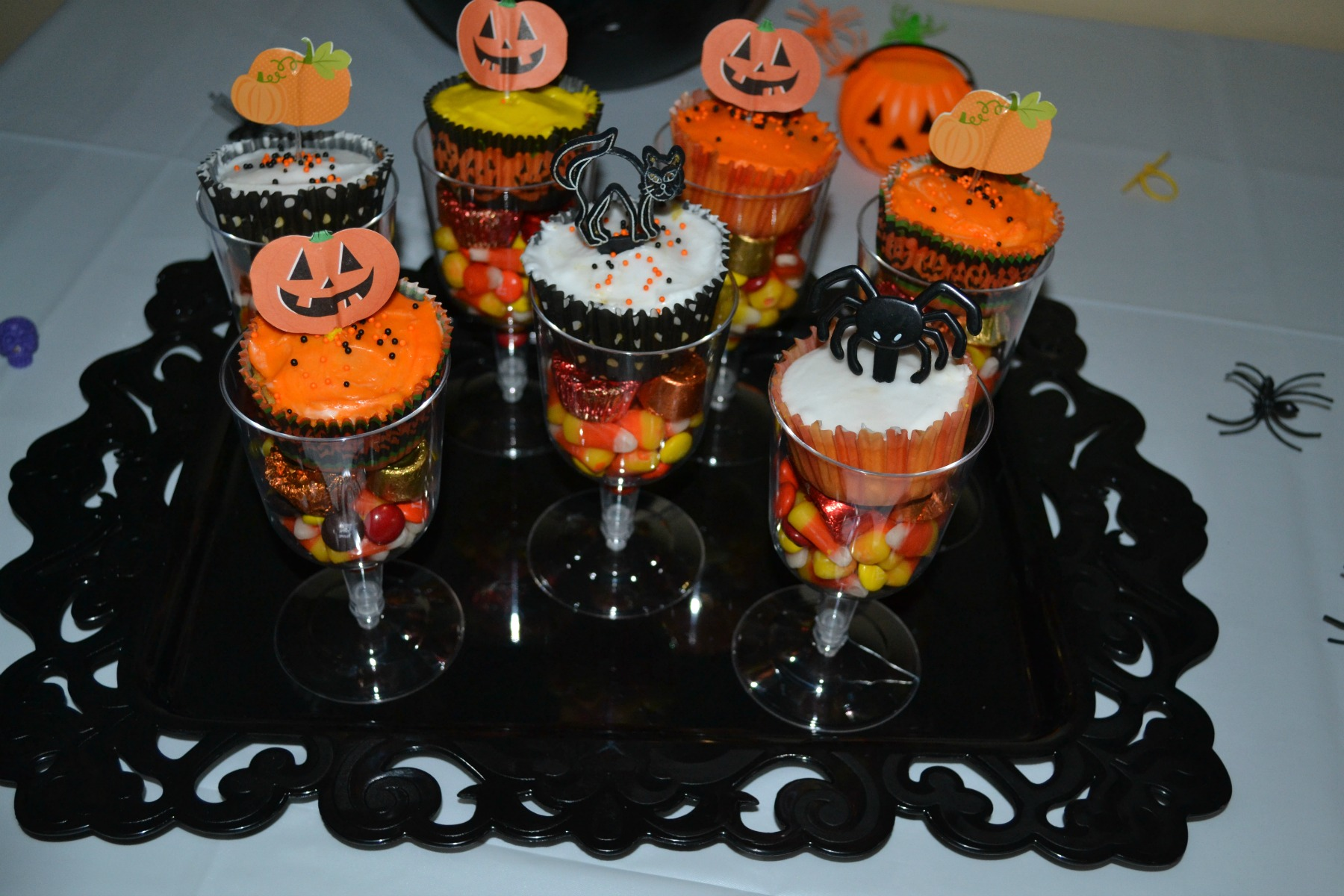 halloween, halloween party, candy cups