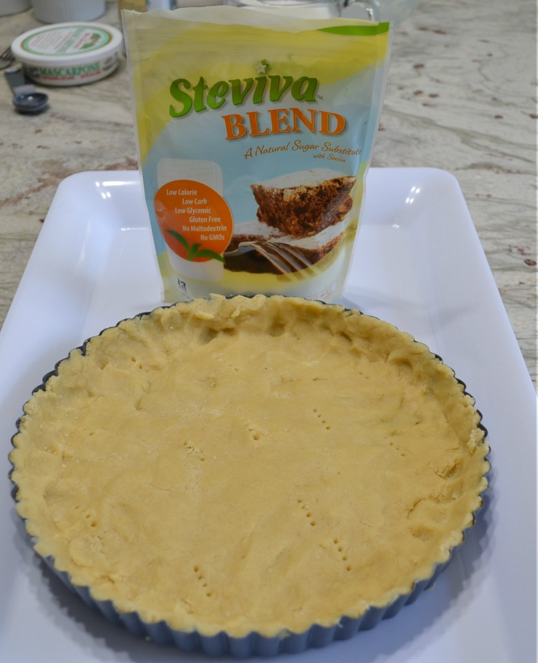 A refreshing berries & cream tart made with Stevia Blend