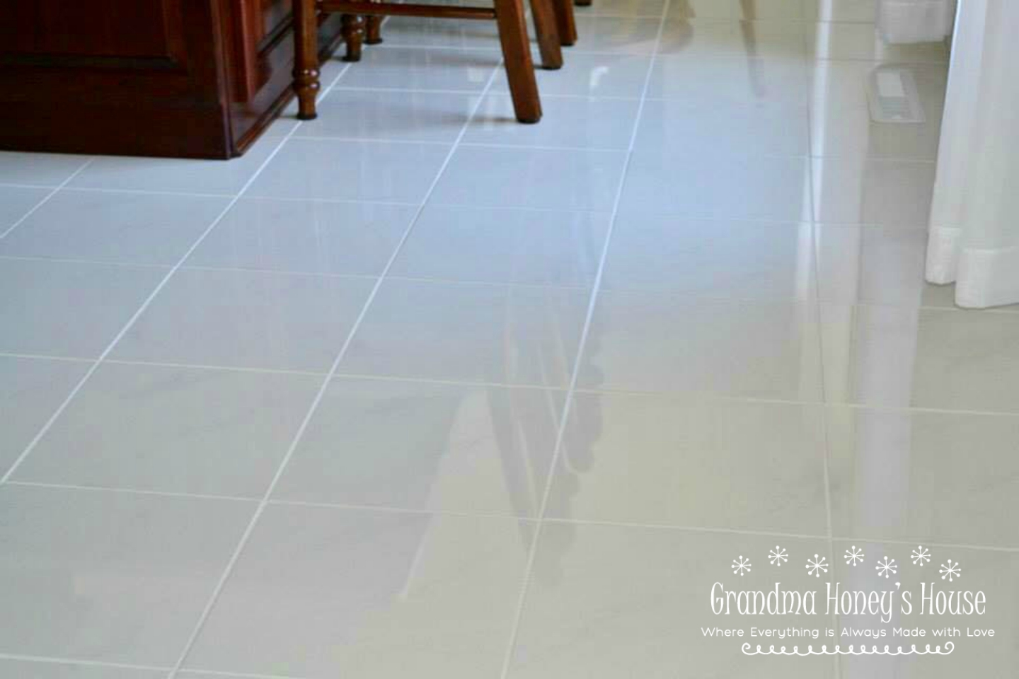 Sharing this homemade solution and step by step method for the best way to clean grout. Results are amazing.