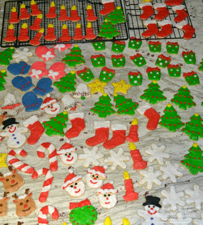 These decorated Christmas Sugar Cookies are an old time recipe that is so easy to make, delicious, and perfect for your holidays.