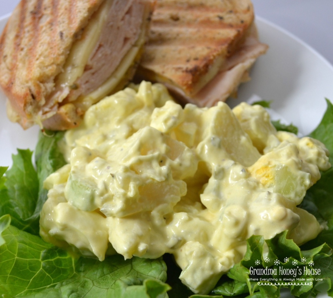 A creamy, flavorful, Old Fashioned Potato Salad made with potatoes, eggs, mayo, mustard, sweet relish, celery, and spices.