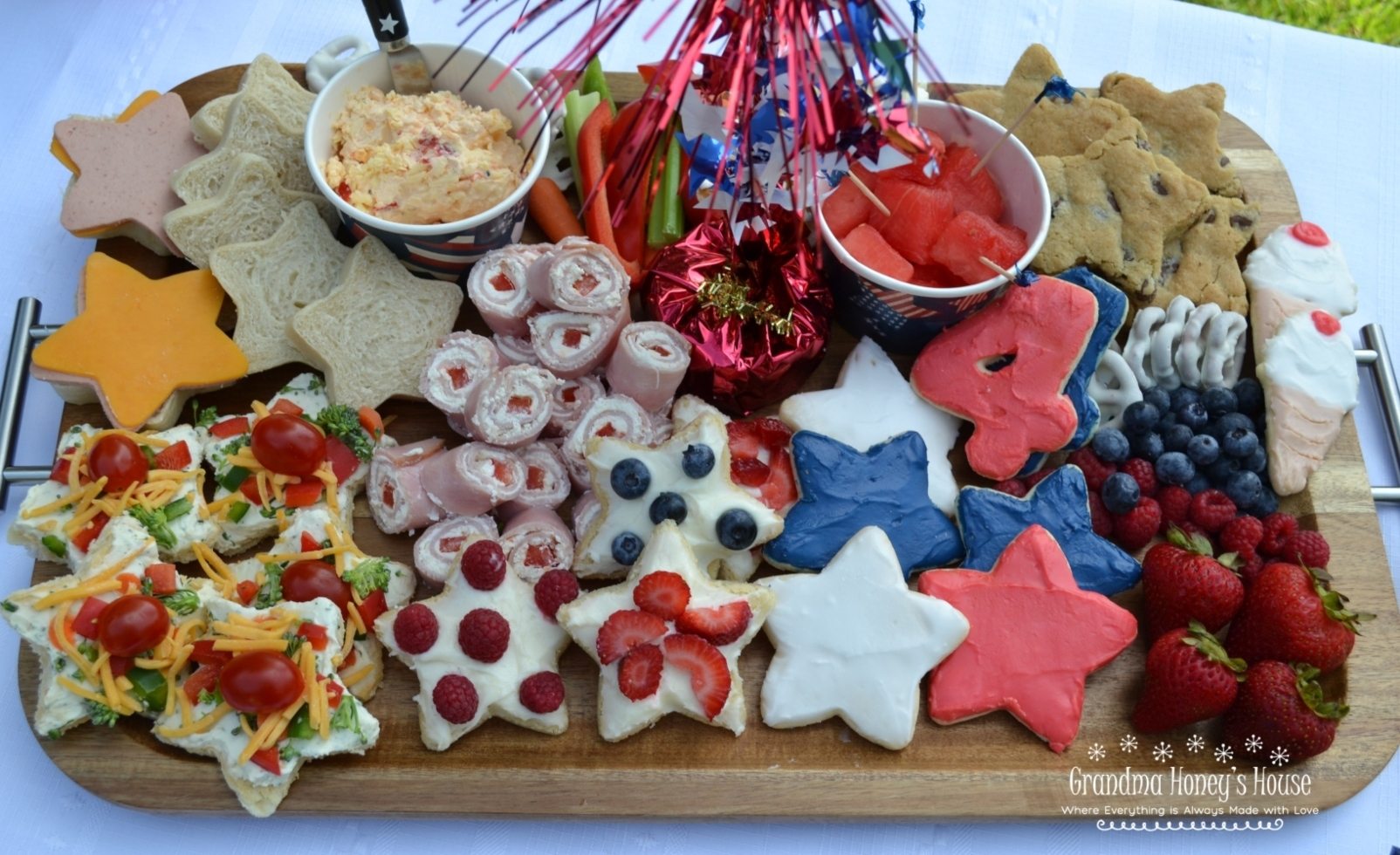 A collection of Cook-out Ideas and recipes for small crowds. Perfect for this 4th of July