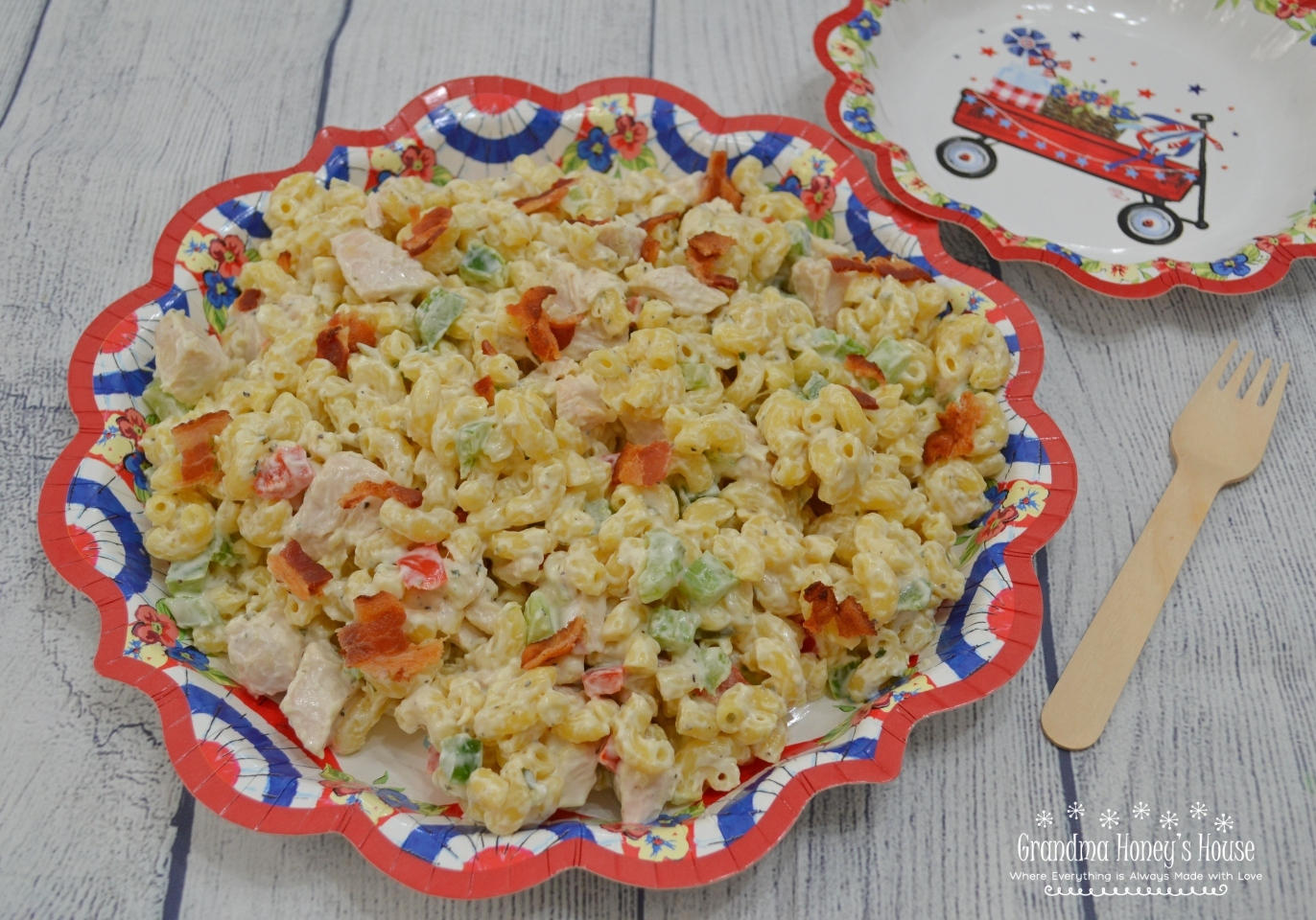 Chicken Bacon Ranch Macaroni Salad. Loaded macaroni salad with pasta, rotisserie chicken, bell peppers, and bacon, all combined with a creamy mayonnaise and ranch dressing mixture